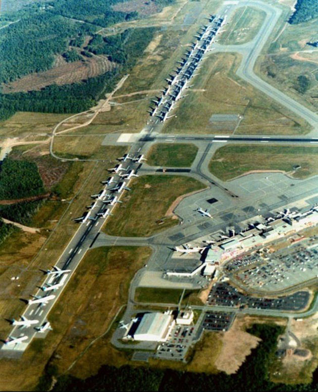 Grounded aircraft on September 11, 2001 awaiting orders