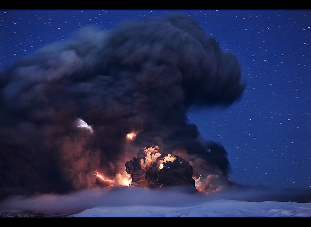 4527537883 14b477a9d0 z 20 Beautiful Active Volcano Images