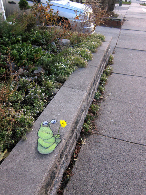 street art interacts with nature 23