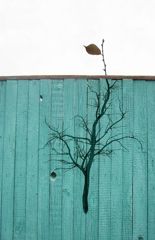 street art interacts with nature 26
