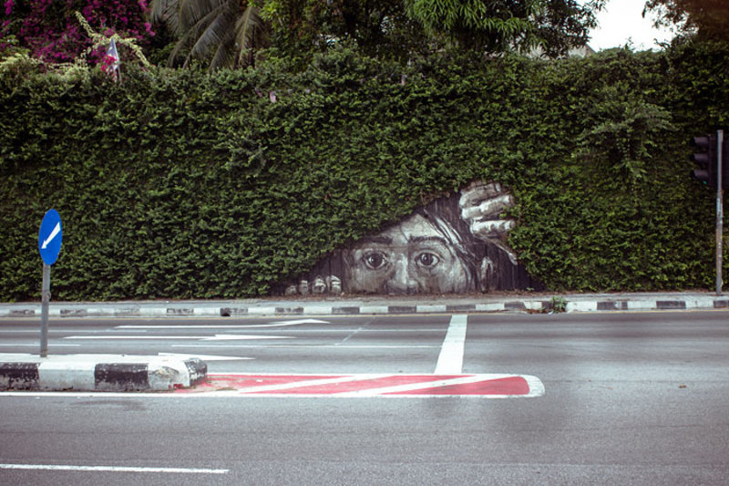 street art interacts with nature 28